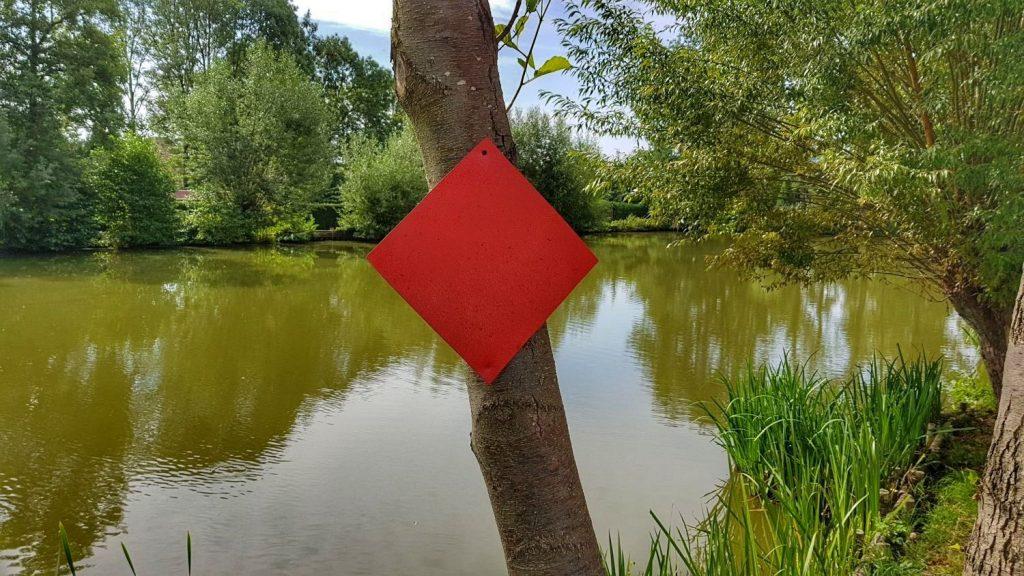 Angelverbot an Feuerteich, großer gemauerter Teich und Hechtteich